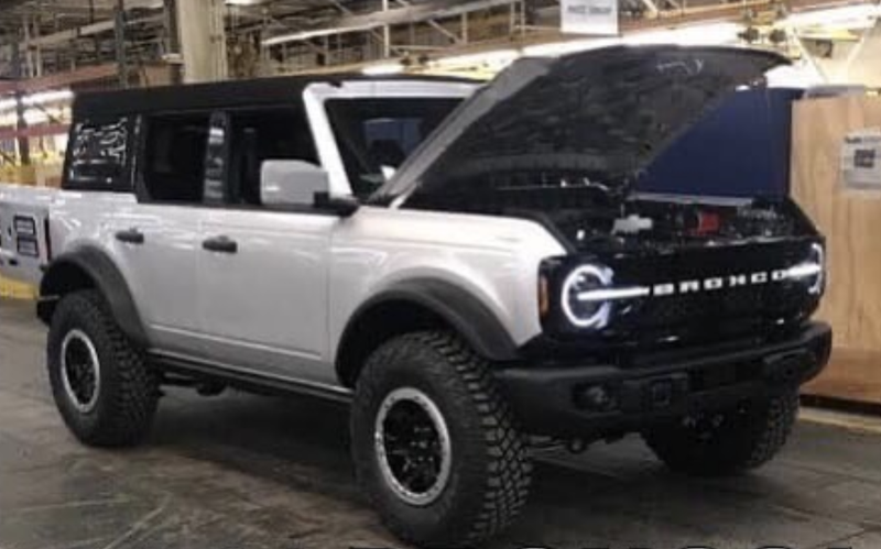 Ford Bronco間諜照流出。 摘自Carscoops