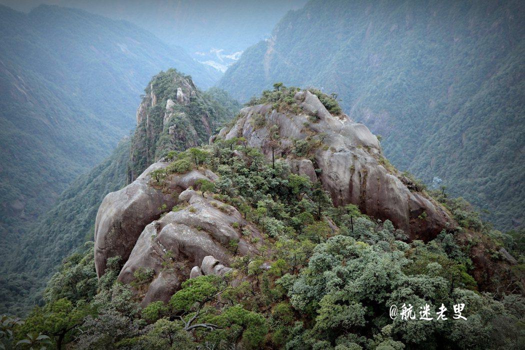 清幽自然的風景,好似大自然中大號的盆景。