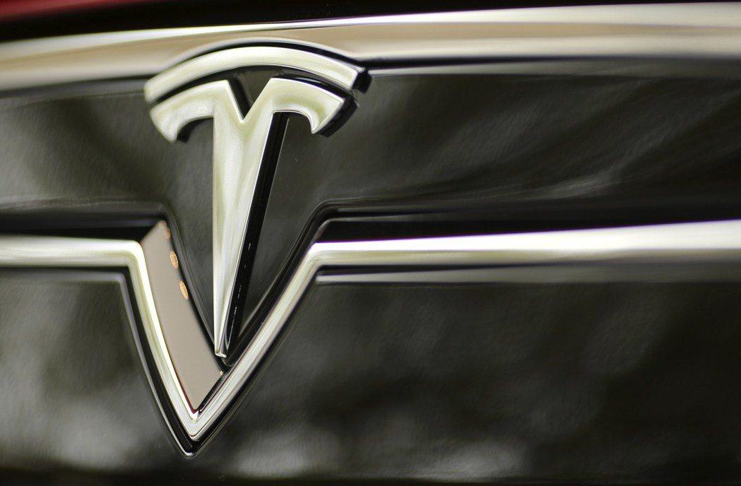 馬斯克表示,特斯拉目前已經「非常接近」開發出可完全自動駕駛的汽車。路透