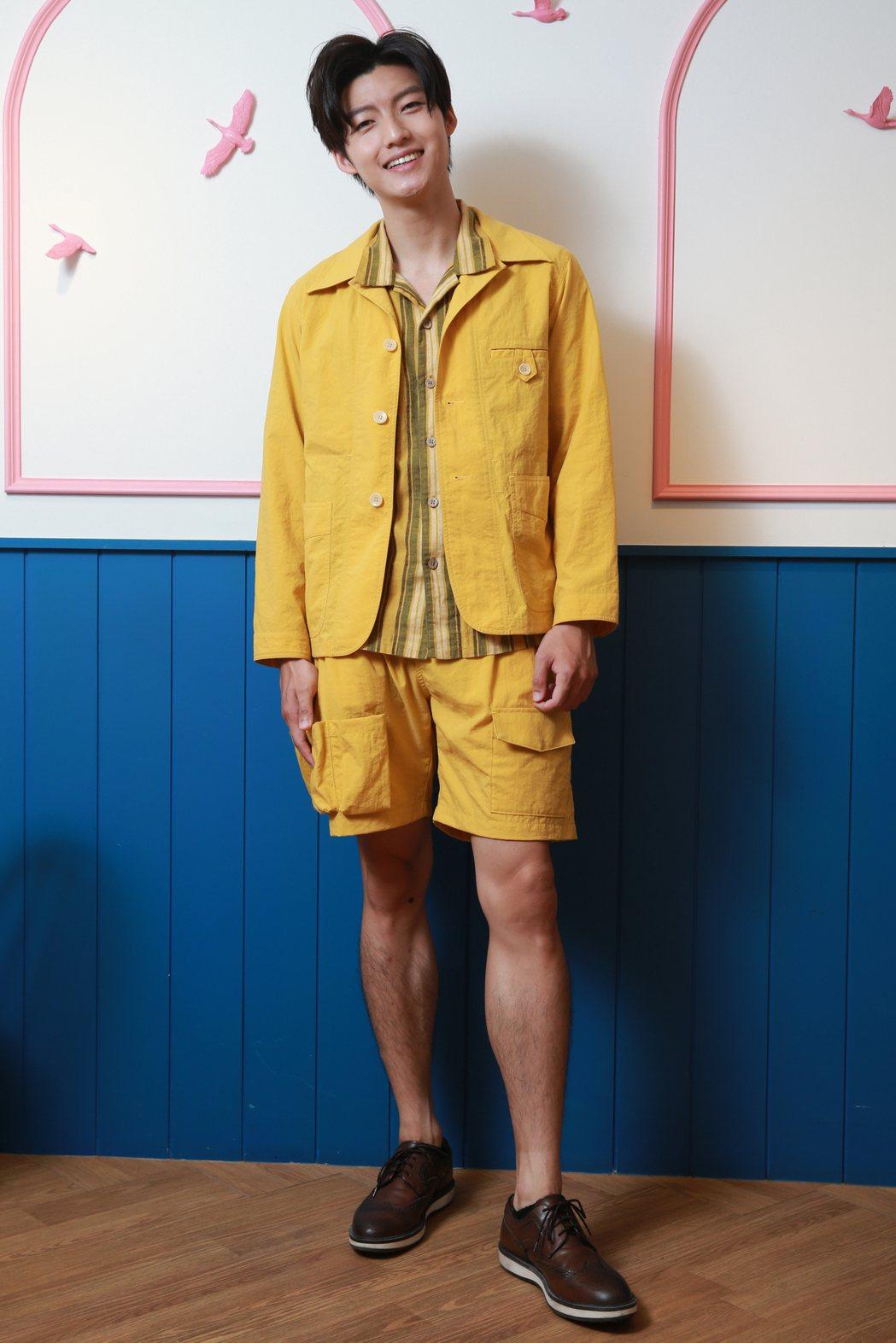 劉育仁高挑身材標準衣架子。記者許正宏/攝影