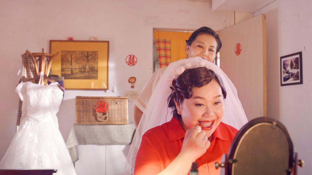 鍾欣凌在「我的婆婆怎麼那麼可愛」中從22歲演到60歲。圖/公視提供