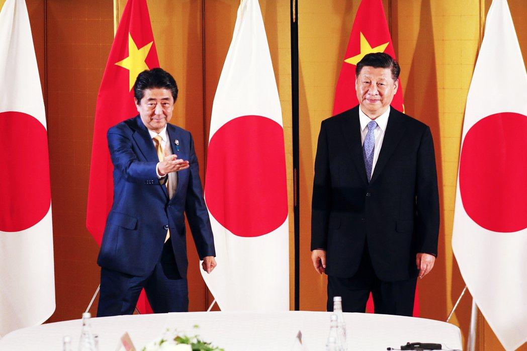 日本執政黨突然對中國的態度「硬起來」嗎?沒想到自民黨內部提案之後,卻又傳出黨內的...