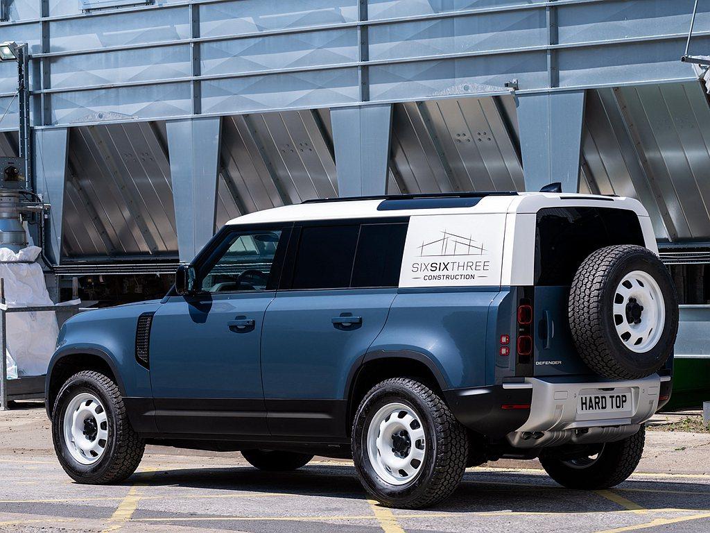 為使Defender銷售陣容更加完善,Land Rover日前宣布增加商用版的D...