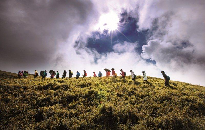 登山安全永遠要記得放在第一位。 圖/四塊玉文創提供