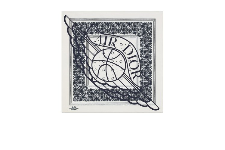 Air Dior絲巾,10,500元。圖/DIOR提供