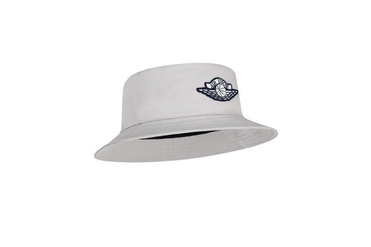 Air Dior漁夫帽,14,500元。圖/DIOR提供