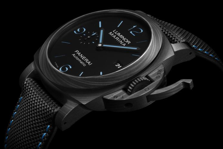 PANERAI, Luminor Marina Carbotech碳纖維腕表(P...