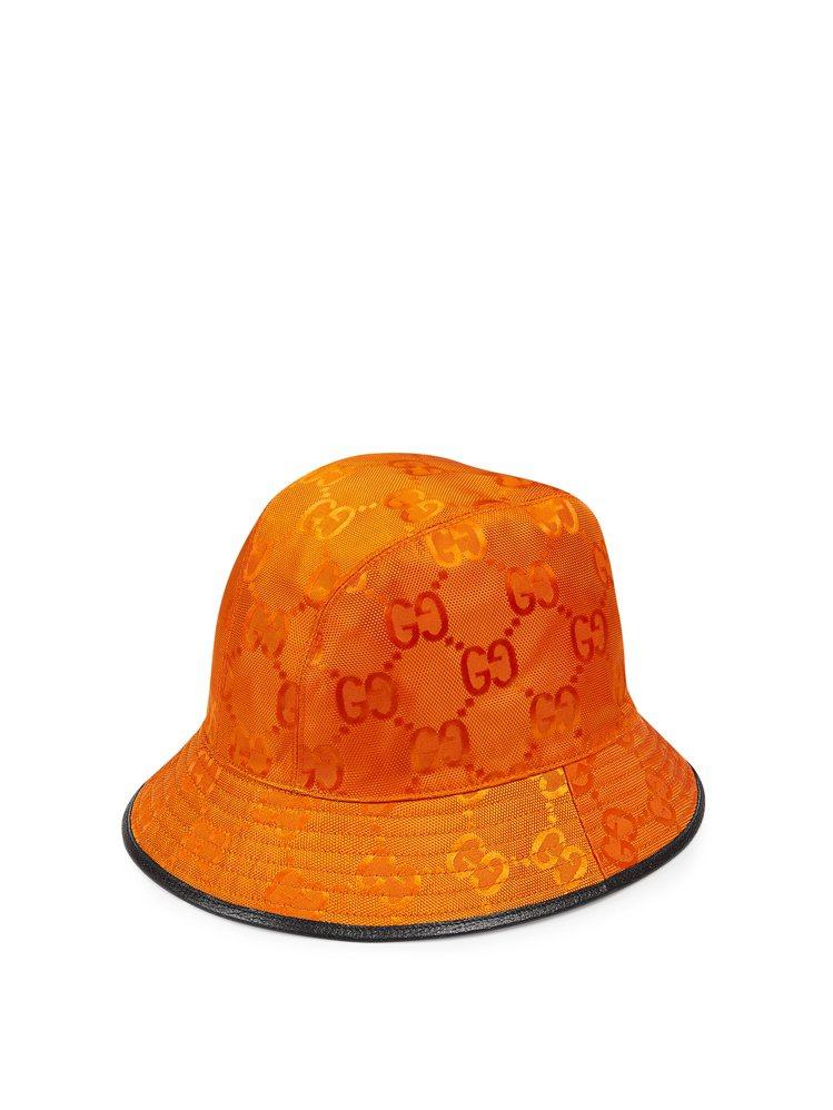 GUCCI Off The Grid亮橘漁夫帽,15,600元。圖/GUCCI提...