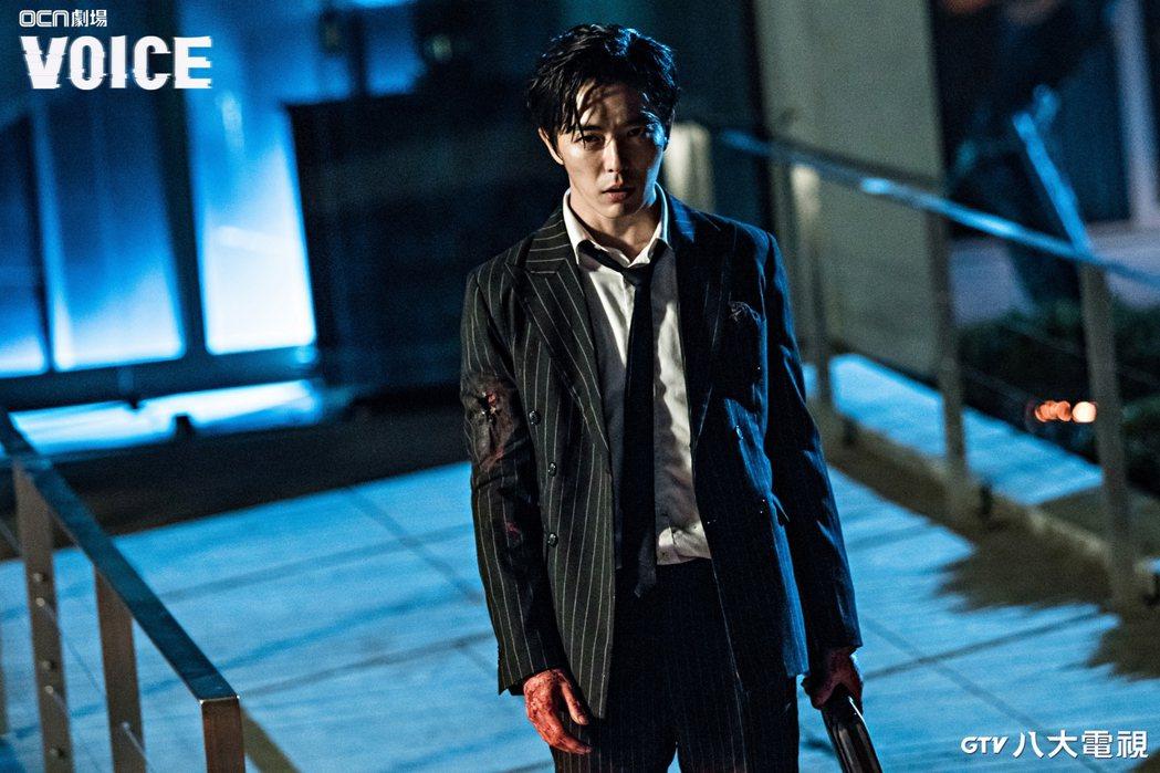 金材昱在「VOICE」戲中成了殺人不眨眼的冷血罪犯。圖/八大綜合台提供