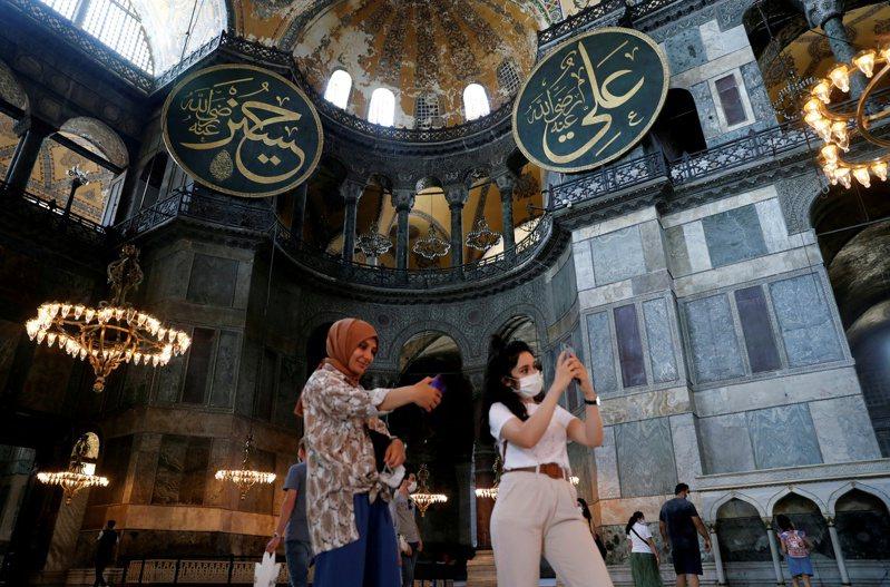 聖索菲亞大教堂是土耳其最受歡迎的景點,去年吸引370萬人參觀。路透 路透社