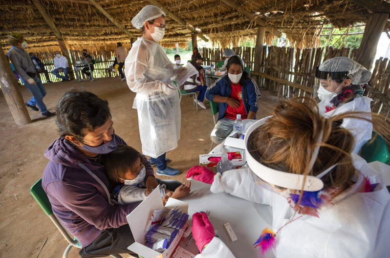 巴西染疫人數逾180萬,病歿人數達7萬398人。 圖/美聯社