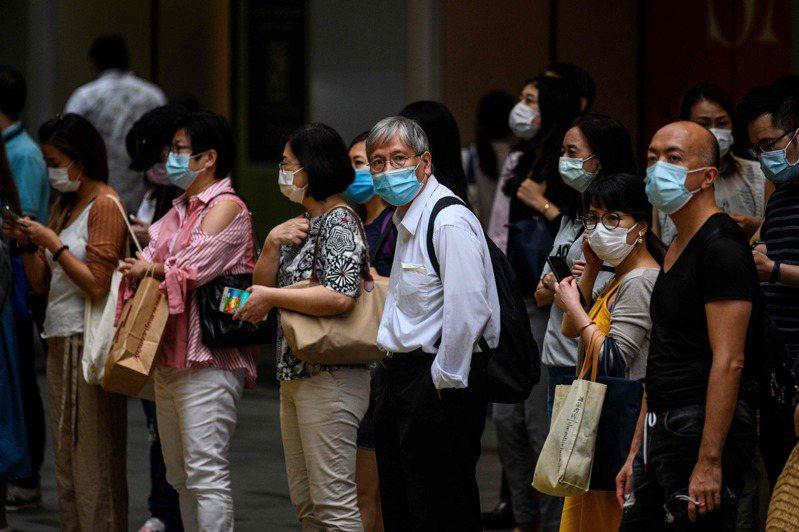 香港今天新增29例2019冠狀病毒疾病(COVID-19,新冠肺炎)確診,其中17例為本土病例,12例為境外移入;另有33人初步確診。 法新社