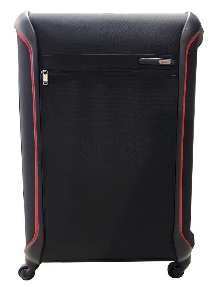 TUMI 29吋旅行箱,原價41,800元優惠價16,500元。圖/TUMI提供