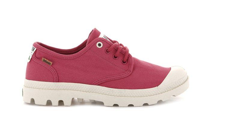 Palladium ORGANIC系列野莓石榴PAMPA OX鞋2,080元。圖...
