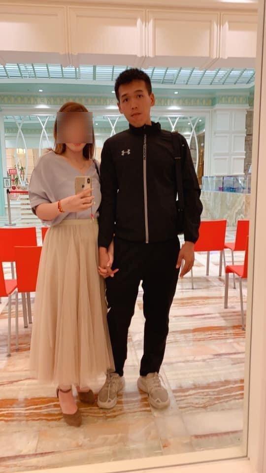陳志榮(右)臉書上的照片幾乎張張都是他與愛妻的合影,兩人期待已久的愛的結晶今年內將誕生,卻沒機會聽孩子喊一聲爸爸。記者徐白櫻/翻攝