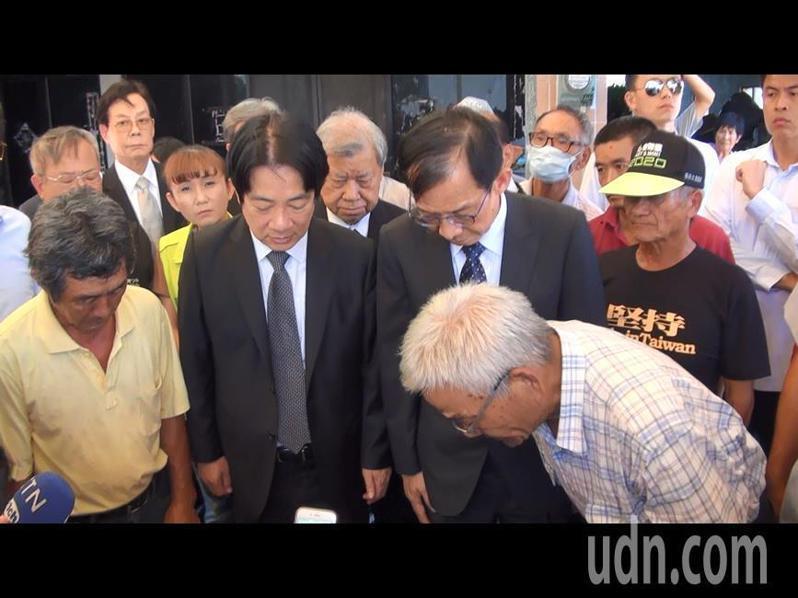 家屬也向賴副總統及善心校友致謝。記者蔡維斌/攝影