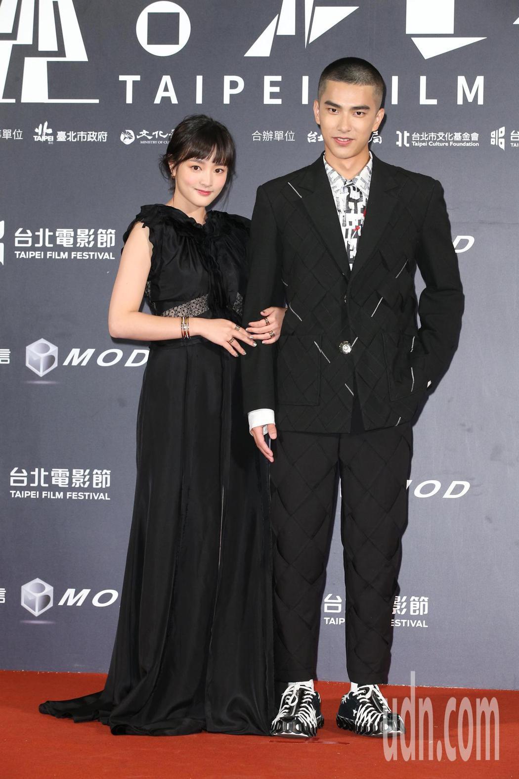 王淨(左)、曾敬驊。記者陳立凱/攝影