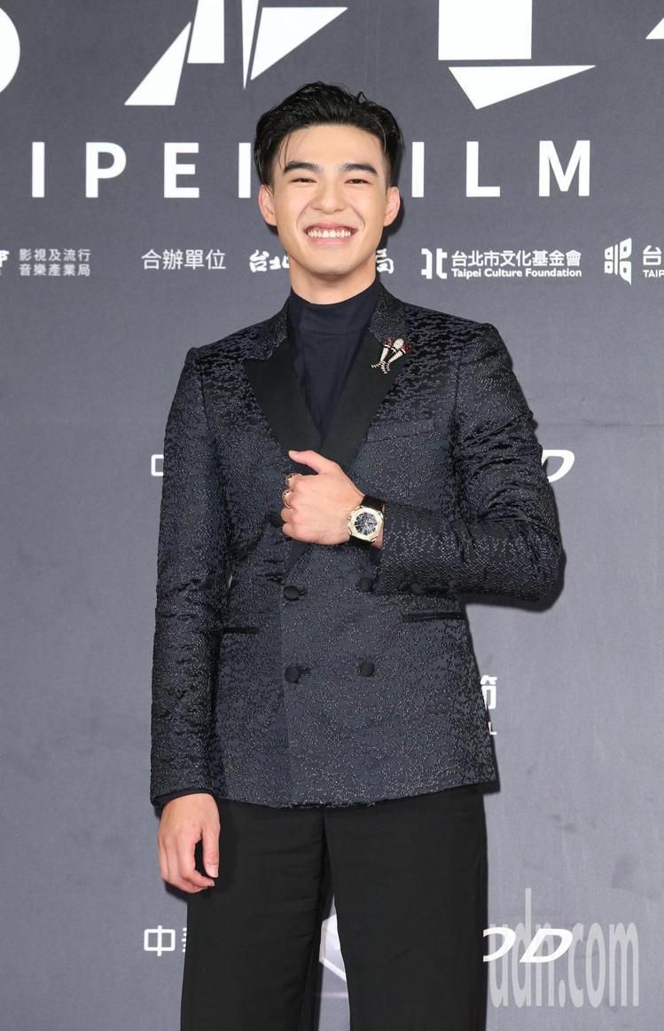 陳昊森出席台北電影獎,一身勁黑配戴上BVLGARI Octo玫瑰金腕表。記者陳立...