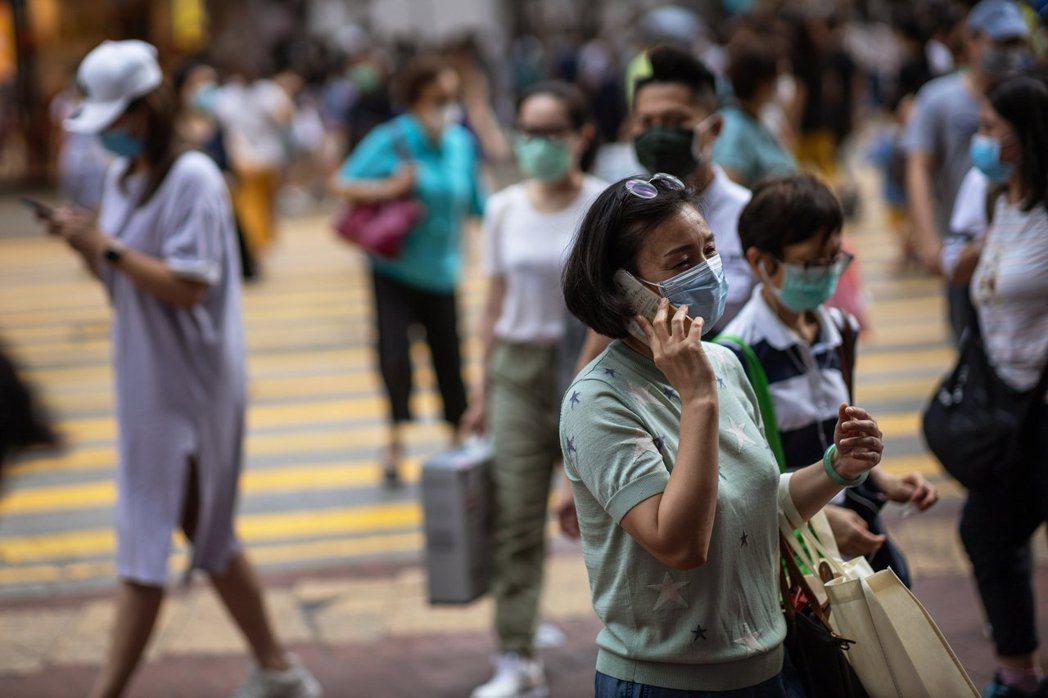 香港持續大幅新增新冠肺炎病例,今天新增48宗,其中40宗為本土傳染個案。 歐新社