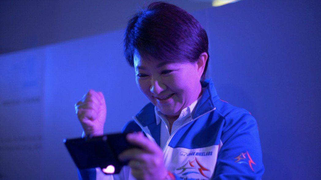 台中市相準正夯的電競產業,市長盧秀燕拍影片推廣。圖/運動局提供