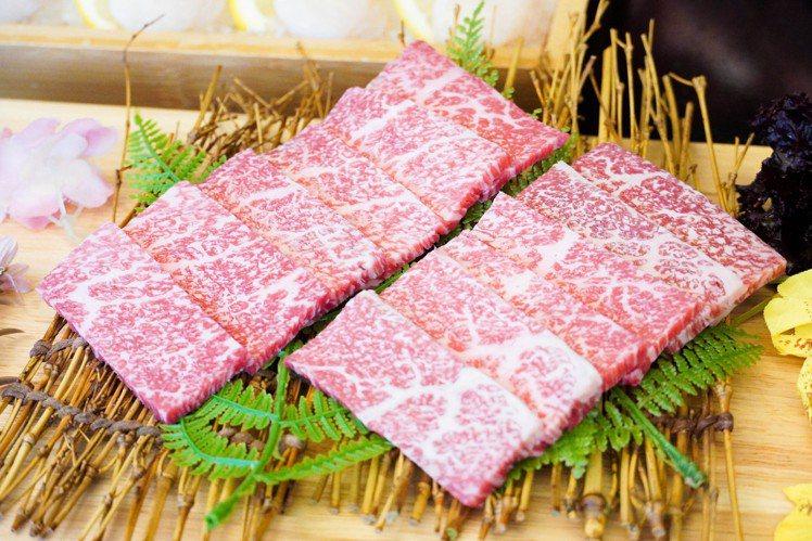參與評論活動,哞哞屋加贈A5厚切和牛。圖/哞哞屋和牛燒肉提供