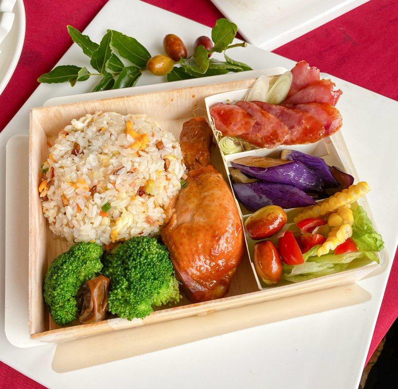 苗栗縣公館鄉紅棗節推出「棗飯兜」,以紅棗鮮果及乾果入飯菜。圖/公館鄉農會提供