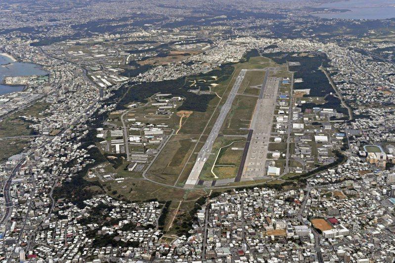日本沖繩縣宜野灣市的美軍陸戰隊航空基地普天間基地。(美聯社)