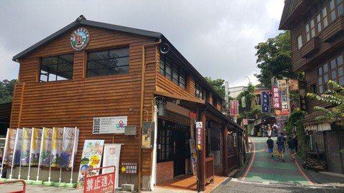 苗栗縣18鄉鎮市都是客家文化重點發展區,許多店家都有資格參加「浪漫客庄遊」合作店...