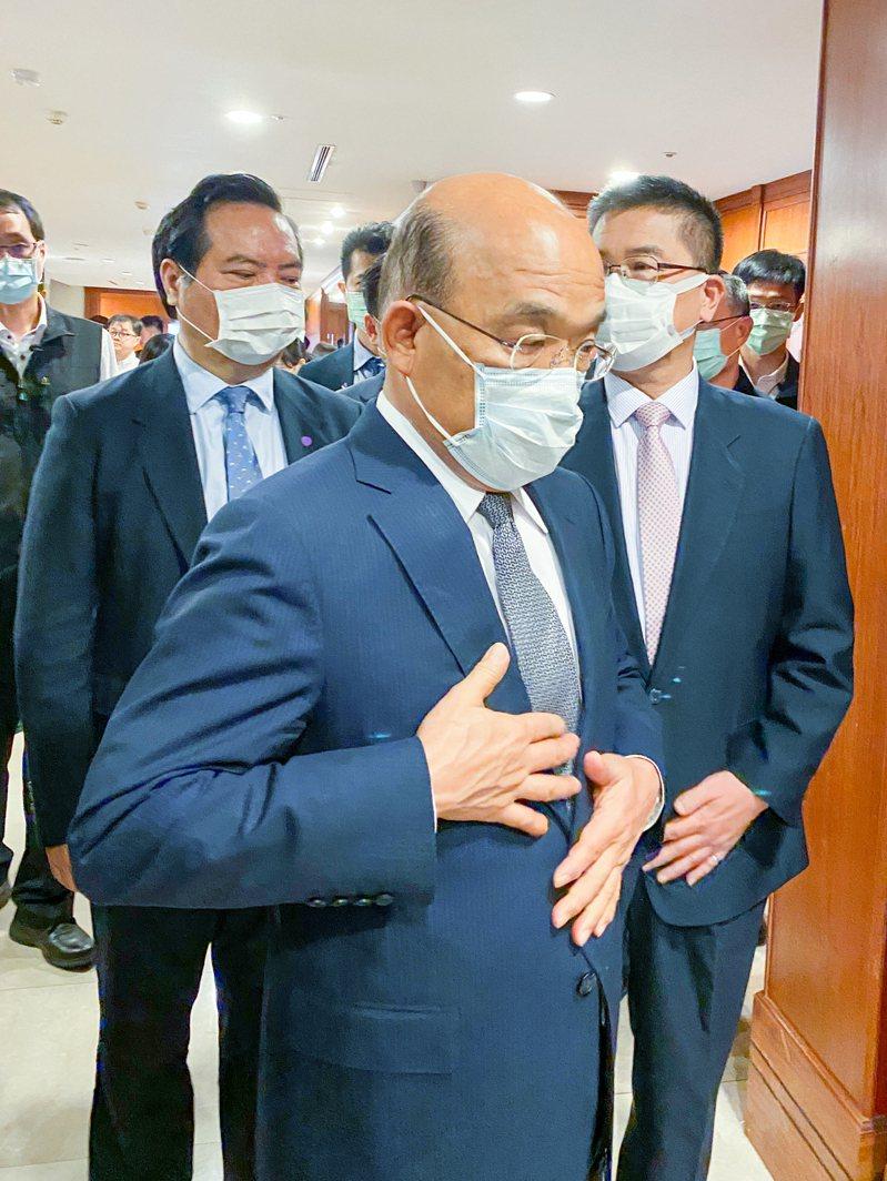 行政院長蘇貞昌今天出席警察防疫尖兵表揚活動。記者蔡翼謙/攝影