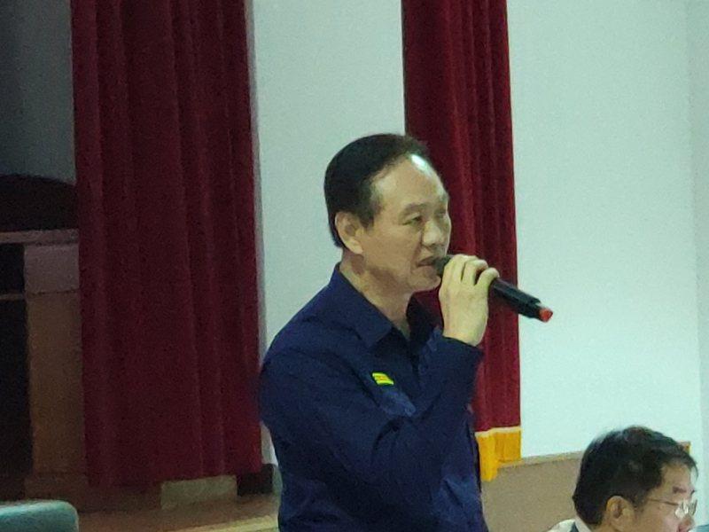 台南市政府警察局長周幼偉傳出將異動,周下午低調證實。記者謝進盛/攝影
