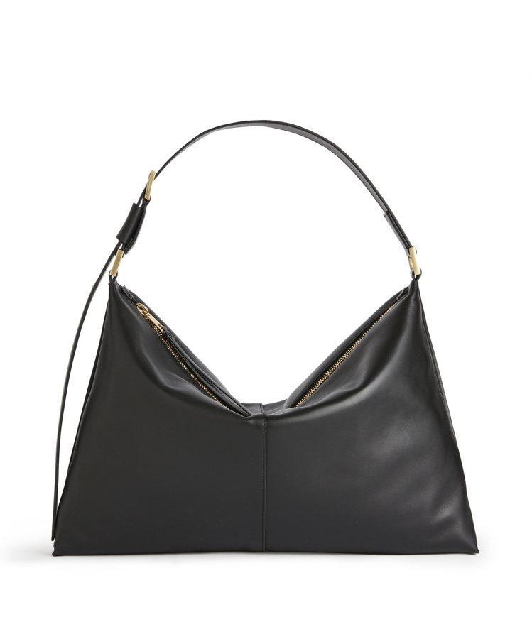 Edbury黑色皮革肩背包,14,000元 (微風南山開幕獨家)。圖/AllSa...