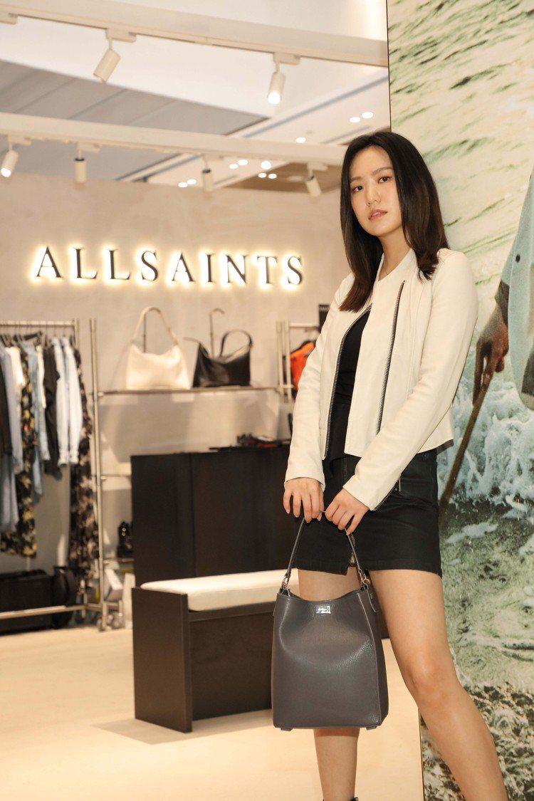 孫盛希對AllSaints的各種設計也非常熟悉。圖/AllSaints提供