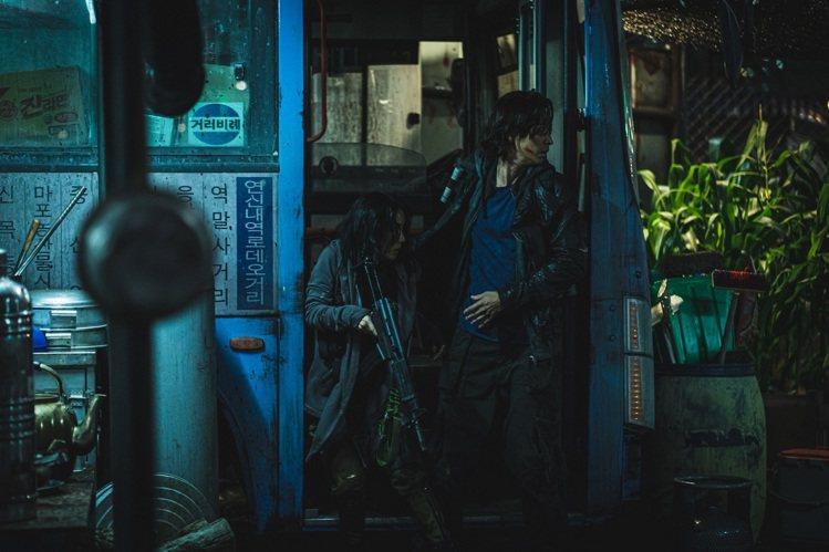 「屍速列車2」延續「屍速列車」真實人性刻畫。圖/車庫提供