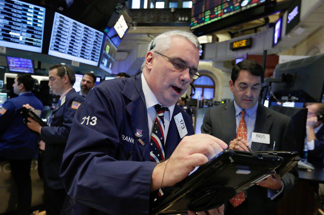 美股13日早盤開高走高,道瓊指數上漲234點。美聯社
