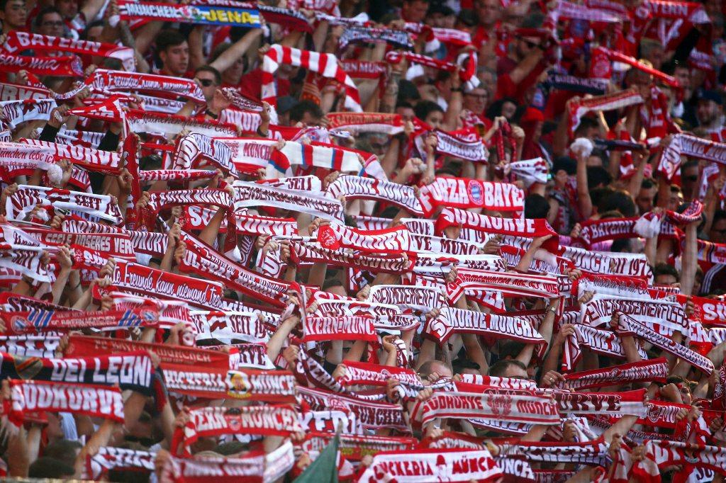 聯邦憲法法院認為,由於球賽為協會單方面向公眾開放,且為德國人瘋狂的運動賽事,德足協不可恣意對球迷發布禁令。 圖/路透社