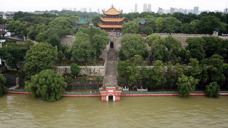 長江流域新一輪強降雨,20萬人守護八百里洞庭 新華社