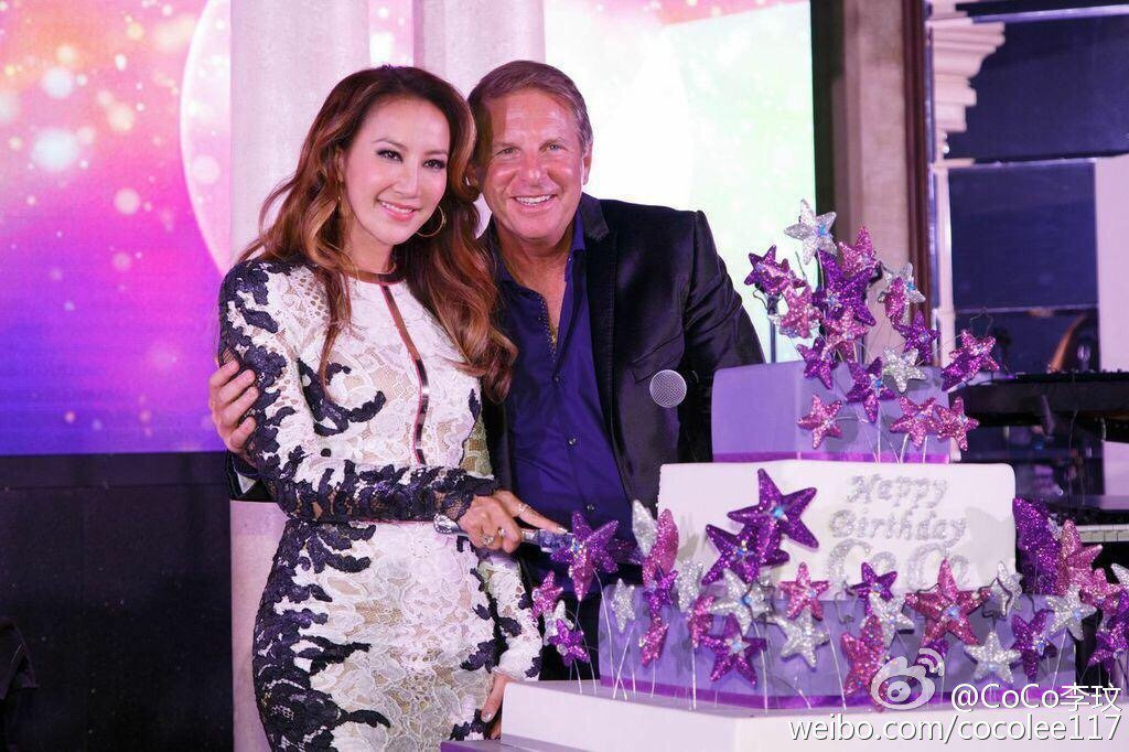 李玟(左)與老公結婚9年。圖/摘自微博
