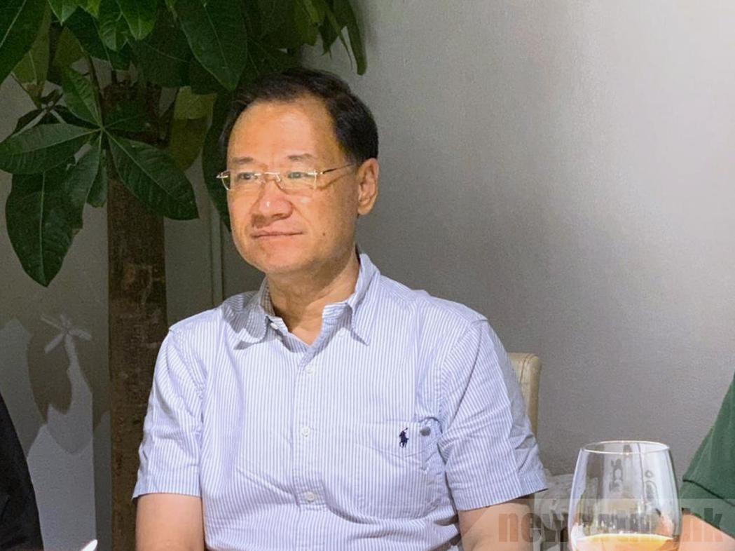 大陸法律學者許章潤稱,已被北京清華大學法學院以「道德敗壞」為由作出處分。(取自官...