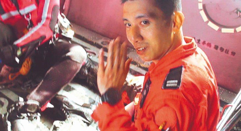 飛官吳彥霆2018年駕駛F-16戰機參加漢光演習,不幸撞山罹難。圖/聯合報系資料照片
