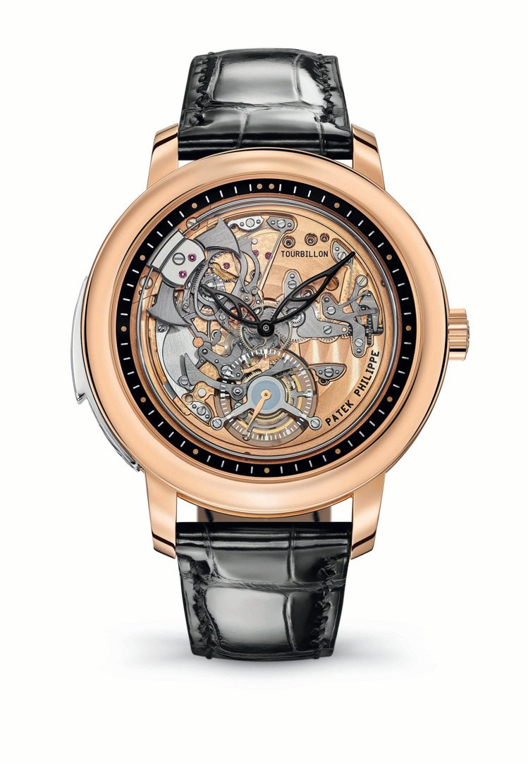 編號5303R-001三問腕表,2020年僅於日內瓦專賣店販售;2021年起全球...