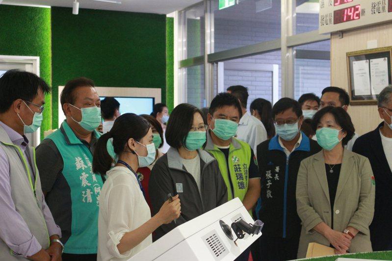 總統蔡英文今天下午到屏東參訪。記者陳弘逸/攝影