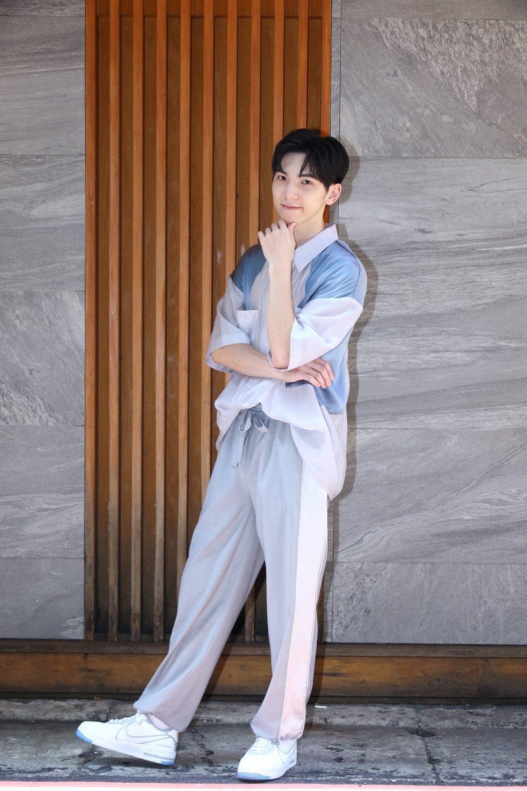 紀殷澤在「媽!我阿榮啦」表現亮眼,將角逐報名金馬獎最佳新人。圖/水晶銀幕娛樂提供