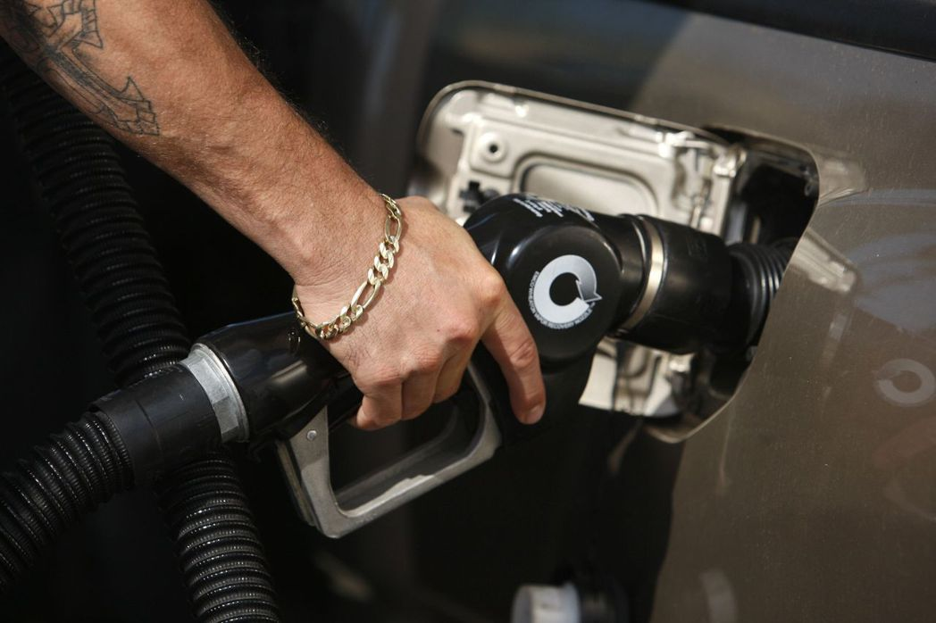 在汽油價格大幅回升的帶動下,美國6月CPI較前一個月增加0.6%,漲幅創2012...
