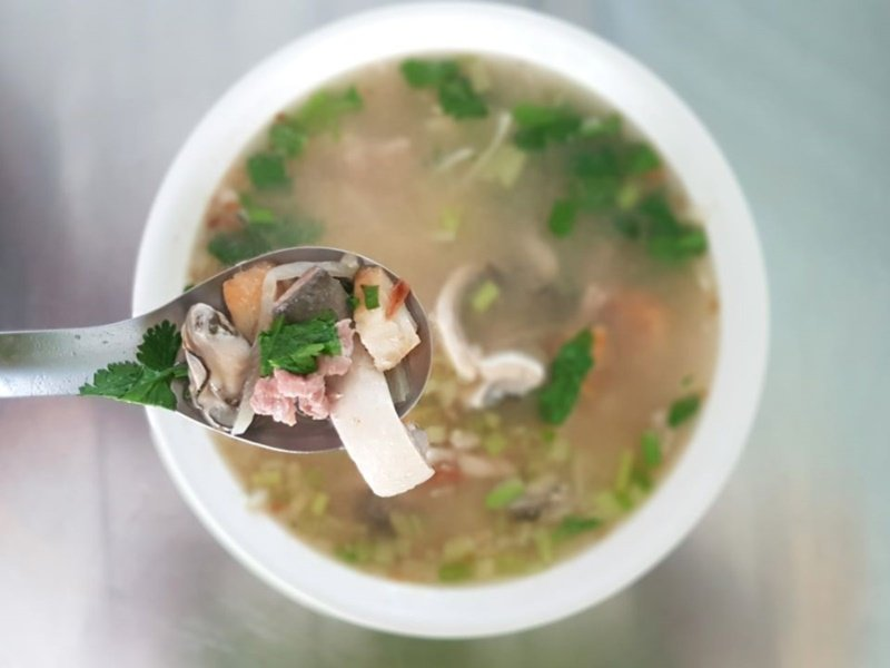 新營有名的郭家鹹粥。 圖/新營區公所提供