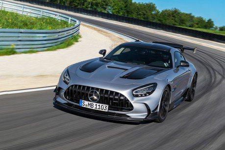 最強賓士誕生!Mercedes-AMG GT Black Series挾730匹馬力吞噬所有道路