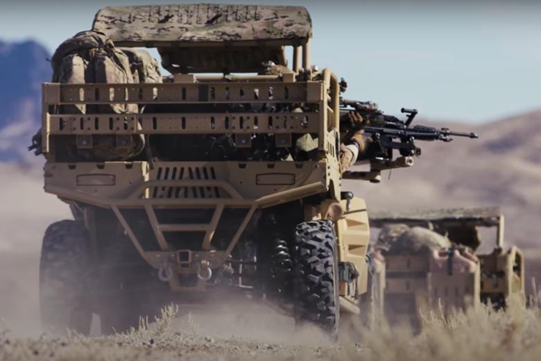 裝於特戰突擊車側邊槍架,提供特戰單位壓制火力。 圖/擷自西格&紹爾公司影片