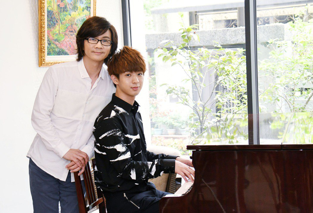 林隆璇(左)將跟林亭翰舉辦馬祖跨年演唱會。圖/青田音樂提供