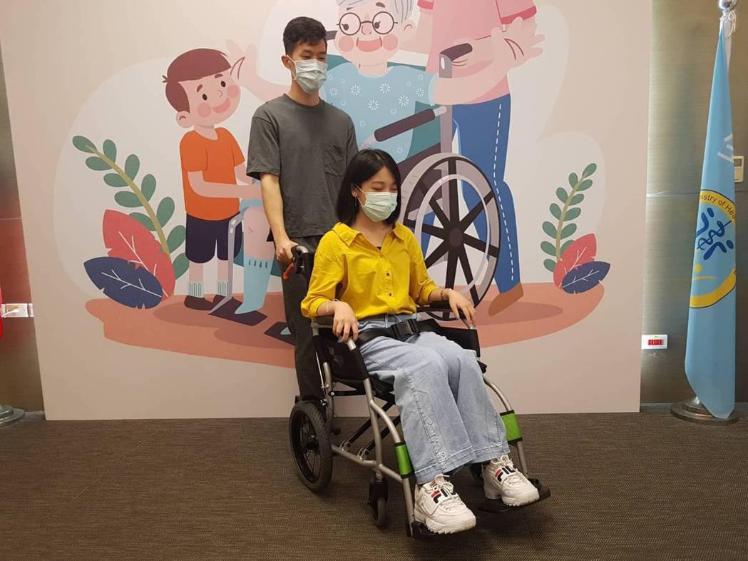 若選到不合適的輪椅,對乘坐者和照護者都會造成傷害。記者楊雅棠/攝影