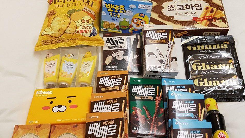 國外買糖果餅乾總重量限帶六公斤。記者楊雅棠/攝影