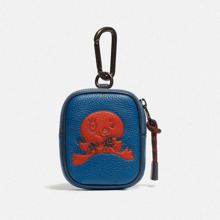 男裝耳機小物收納包,4,900元。圖/COACH提供